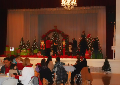 The Woman's Club of Bakersfield - Breakfast With Santa